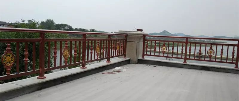 别墅庭院阳台护栏