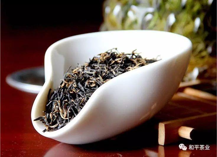 紫阳富硒红茶