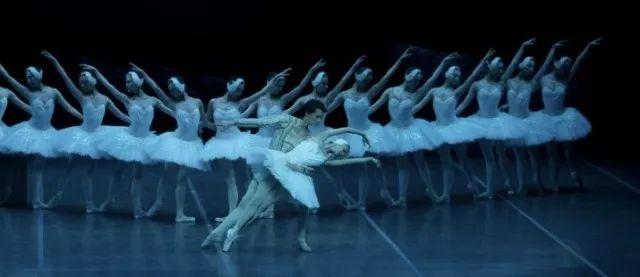 明日上演|上海芭蕾舞团空降许昌,大正地产邀你感受海派足尖上的优雅