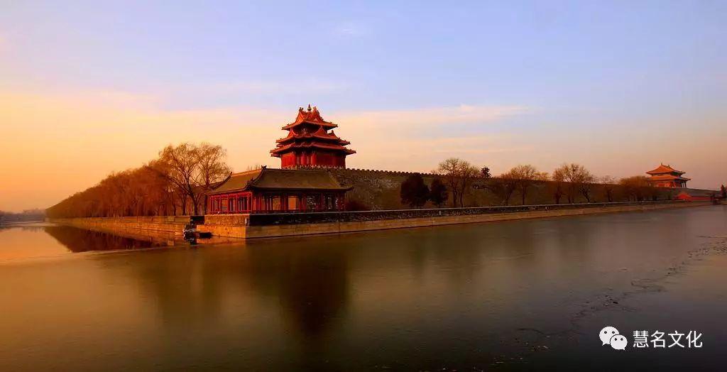 中国人姓名有地域特点:北方比南方略显刚强——岳阳楼